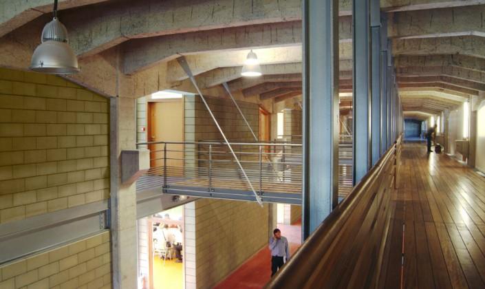 Agence ARCHI 5 Prod à Montreuil (93) / Lycée de Bobigny (93) - 3.200 m² Blocs Acoustique ELCO Coffrant