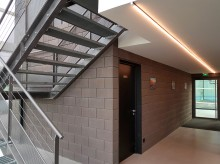 LCR Architecture à Balma (31) / Padell à Toulouse (31) / 1.200 m² Blocs ELCO acoustiques Coffrant de 20 Lisses