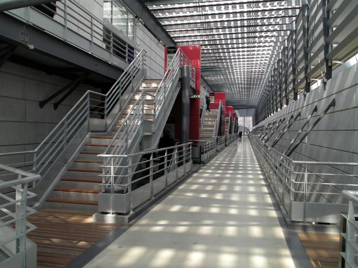 Benoit Architecture à Paris (75016) / Usine Inothéra à Nomexi (88) - Blocs de Parement ELCO