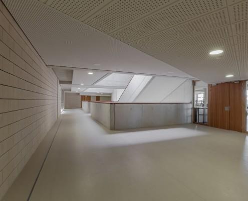 Collège à -Auterive-Agence-Munvez-Maurel