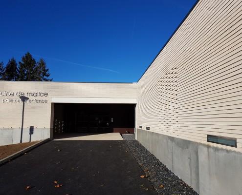 Pôle de la petite enfance à Pont l'Evèque (38) / Nunc Architecture à Bessans (73) : 1.200 m² Briques BlocStar structurelle Am180 & Briques béton Am90