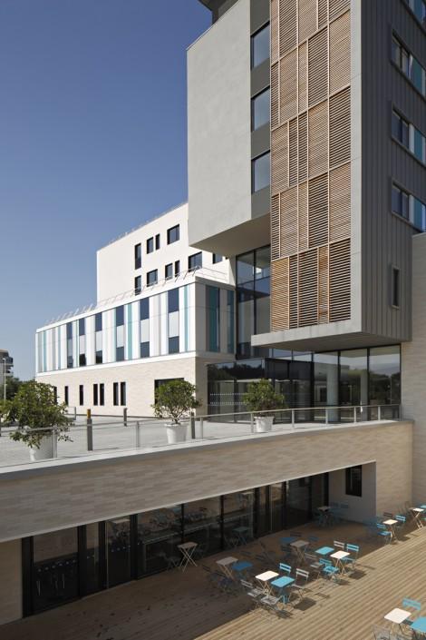 1.800 m² Briques BlocStar Am90 Parement Ton Pierre 2/3 parement lisse et 1/3 parement clivé1.800 m² Briques BlocStar Am90 Parement Ton Pierre 2/3 parement lisse et 1/3 parement clivé