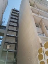 Réhabilitation Résidence Beethoven à Saint-Germain-en-Laye (78) : LAIR & ROYNETTE Architectes / AB environnement (75) pour le Maître d'Ouvrage « FRANCE-HABITATION (92) » pose de 5.200 m² de Briques BlocStar Am90 maçonnées en joint sec de 10 mm