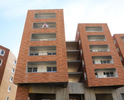 Cour Magenta à Toulouse: Taillandier Architectes (31) et Scalènes Architectes (31) – 4900m² Plaquettes BlocStar Ac19