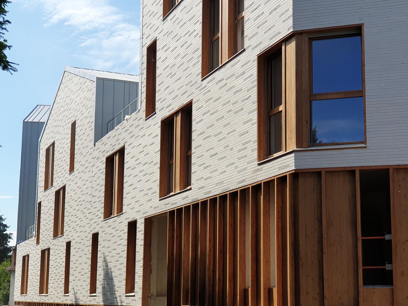 Logements étudiants à Sceaux : CoBe Architecture et Paysage (75) - 1380m² Briques BlocStar Am90